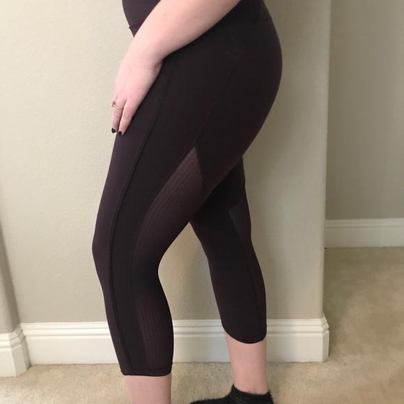 571f0a190e lululemon athletica Pants | Lululemon Mesh Back Legging | Poshmark
